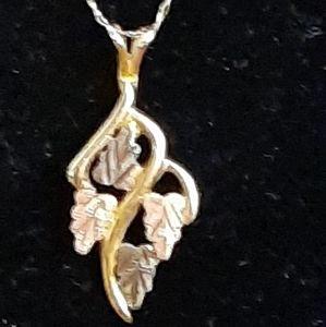 14KT YLW GOLD w/ WHITE & ROSE GOLD LEAF NECKLACE